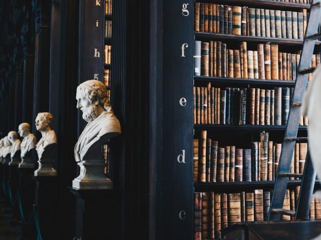Rekomendasi Bacaan Filsafat Terbaik yang Harus Dibaca Sebelum Meninggal