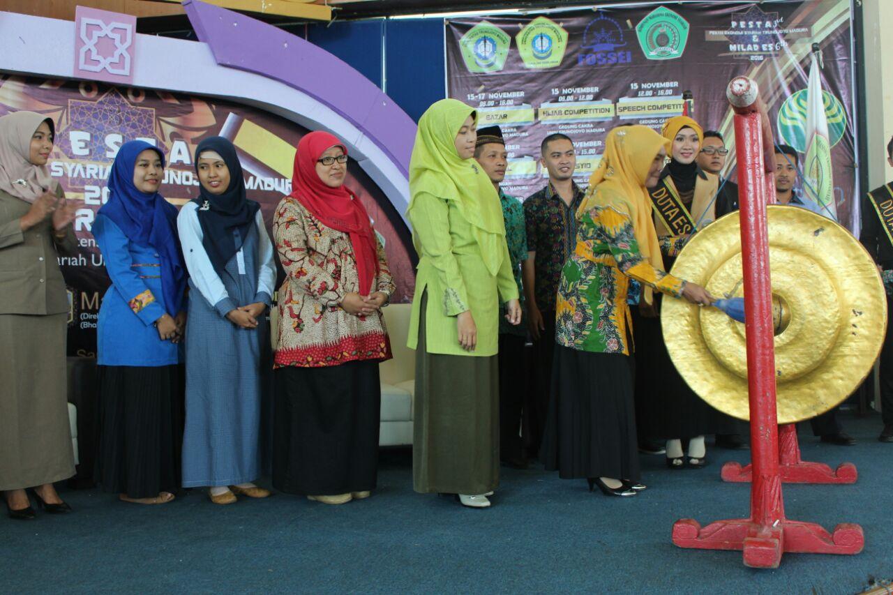 Seminar Nasional Ekonomi Syari'ah Menuju Indonesia Emas