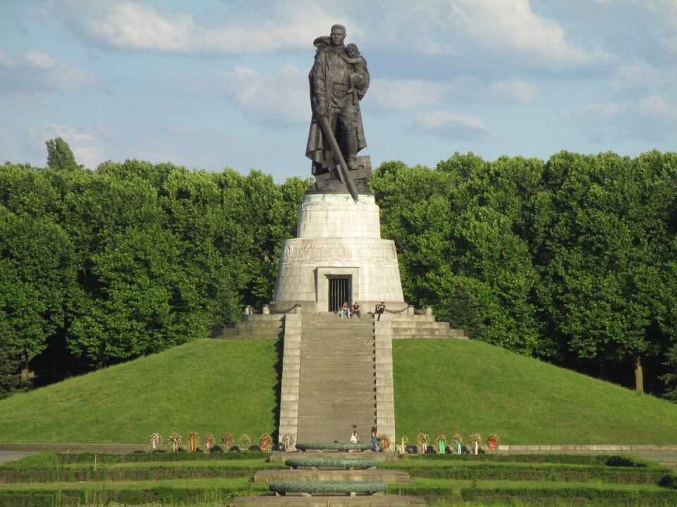 Statue of the soldier-liberator in Treptower Park in Berlin