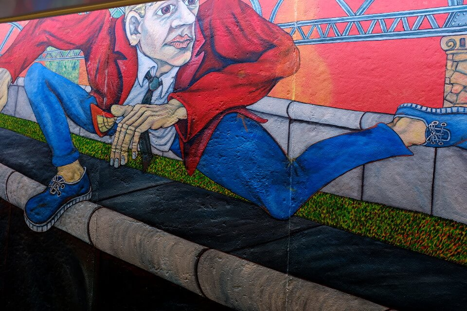East Side Gallery Wall Jumper