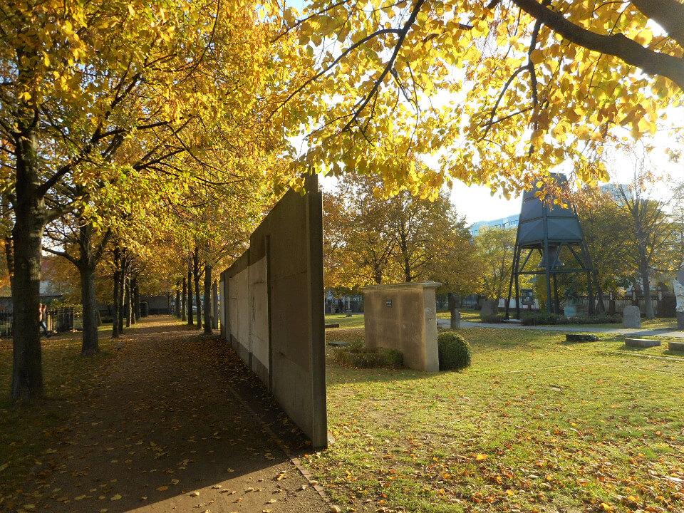Berliner Mauer Invalidenfriedhof