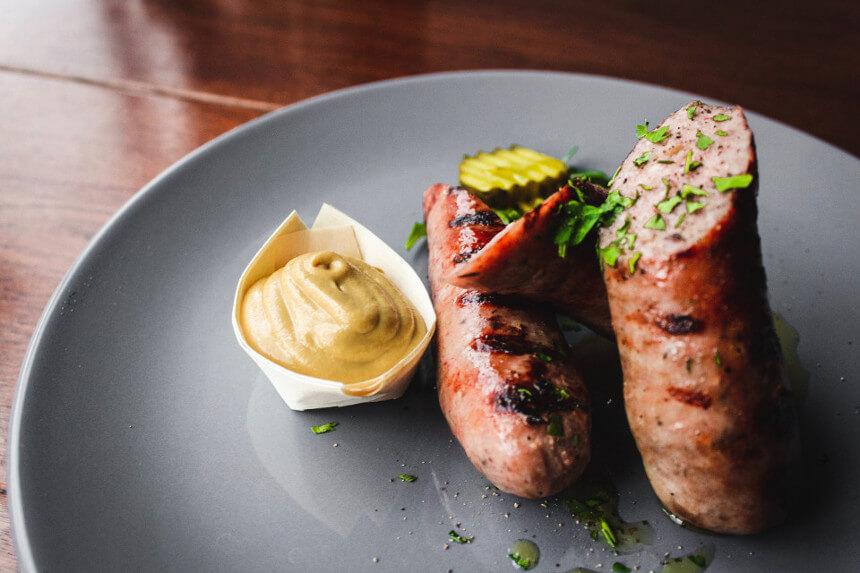 plat allemande typique de saucisses