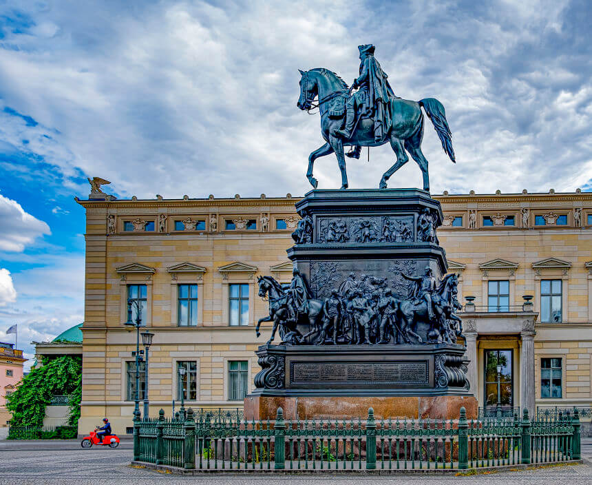Statue of Frederick the Great in Berlin