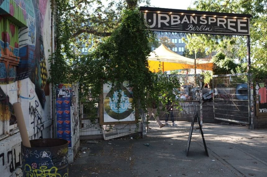 RAW Tempel in Berlin: Street Art, Bars, Clubs & Flea Market