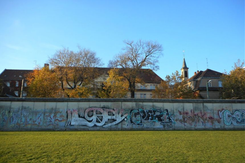 15 Places to see the Berlin Wall Remains today