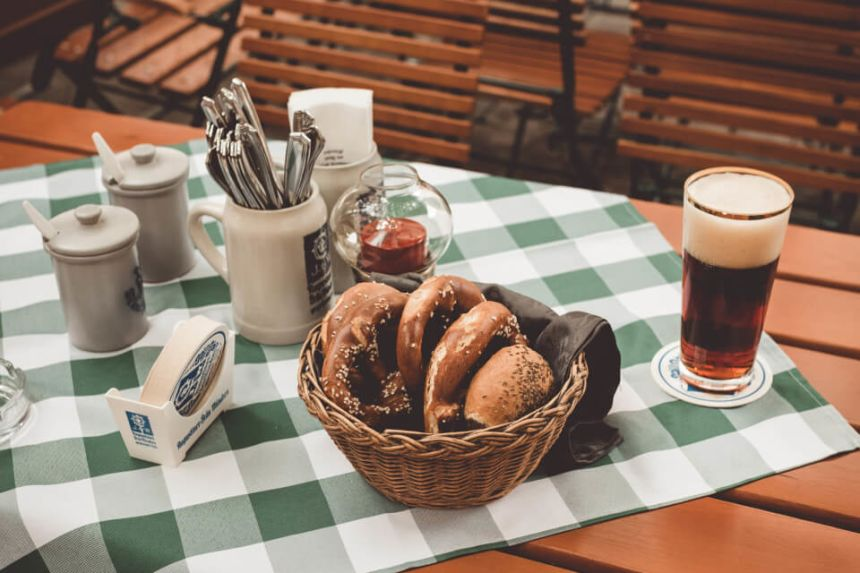 25 Most Popular German Dishes & Best Traditional Food
