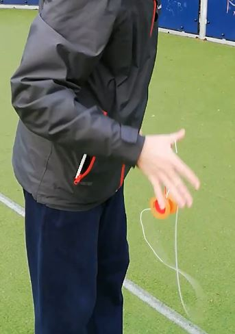 advanced yoyo tricks-Plastic Whip 4