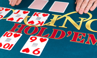 How to play Casino Hold'em