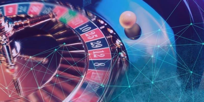 Играть в игровые автоматы онлайн бесплатно геминатор дэлюкс