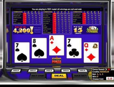 在我们的比特币赌场玩 Pyramid Bonus Poker