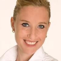 Dr. med. dent. Cynthia Kujawski