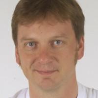 Priv.- Doz. Dr. med. Christoph M.  Heyer