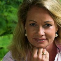 Dr. med. Kerstin Holz