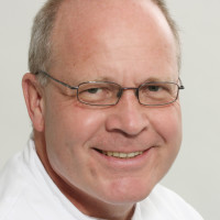 Dr. med. Jörg Lux