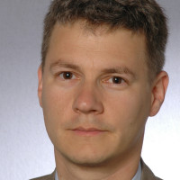 Priv.- Doz. Dr. med. Julian Widder