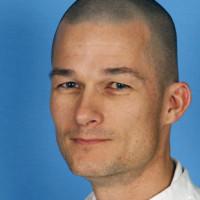 Dr. med. Nils Baas