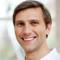 Dr. med. Lukas Manka