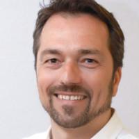 Dr. med. Dirk Kraues