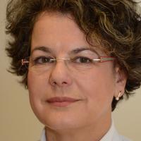 Dr. med. Dorothee Dill