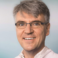 Prof. Dr. med. Dominik Faust