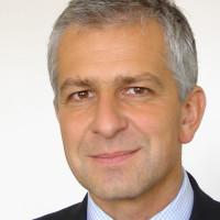 Prof. Dr. med. Dirk Arnold