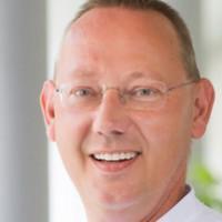 Dr. med. Thomas Voshaar