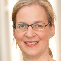 Priv.- Doz. Dr. med. Rieke Oelkers-Ax