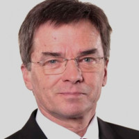Prof. Dr. med. Claus Carstens