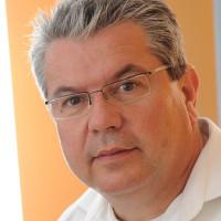 Dr. med. Peter Renner