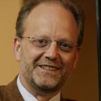 Prof. Dr. med. Thomas Henze