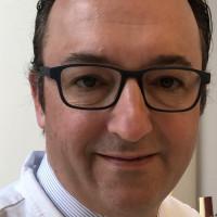 Prof. Dr. Dr. med. Victor Valderrabano