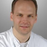 Dr. med. Dr. med. dent. Björn Riecke