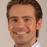 Dr. med. dent. Manuel Nienkemper