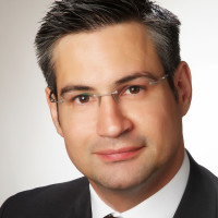 Dr. med. Florian Lenz
