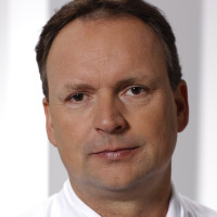 Dr. med. Tobias Steinke