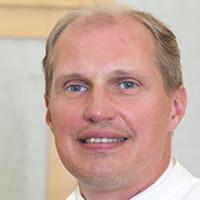 Dr. med. Hubert Miles