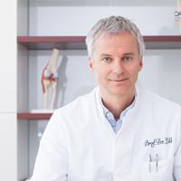 Prof. Dr. med. Christoph A. Lill