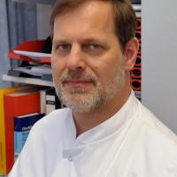 Prof. Dr. med. Raoul Bergner