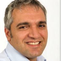 Dr. med. Mohsen Bayat