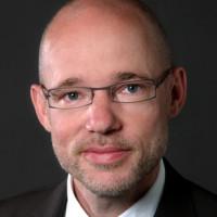 Priv.- Doz. Dr. med. Martin Glöckler