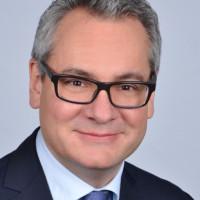 Prof. Dr. med. Axel Riecker