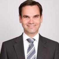 Priv.- Doz. Dr. med. Steffen Schön