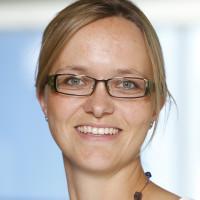 Dr. med. Daniela Holst