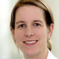 Dr. med. Annette Schoen