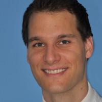 Priv.- Doz. Dr. Dr. med. Thomas Mücke