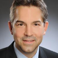 Prof. Dr. Dr. med. Stefan Schrader