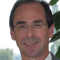 Priv.- Doz. Dr. med. Paul Schneider