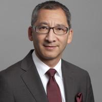 Dr. med. Edward Shang