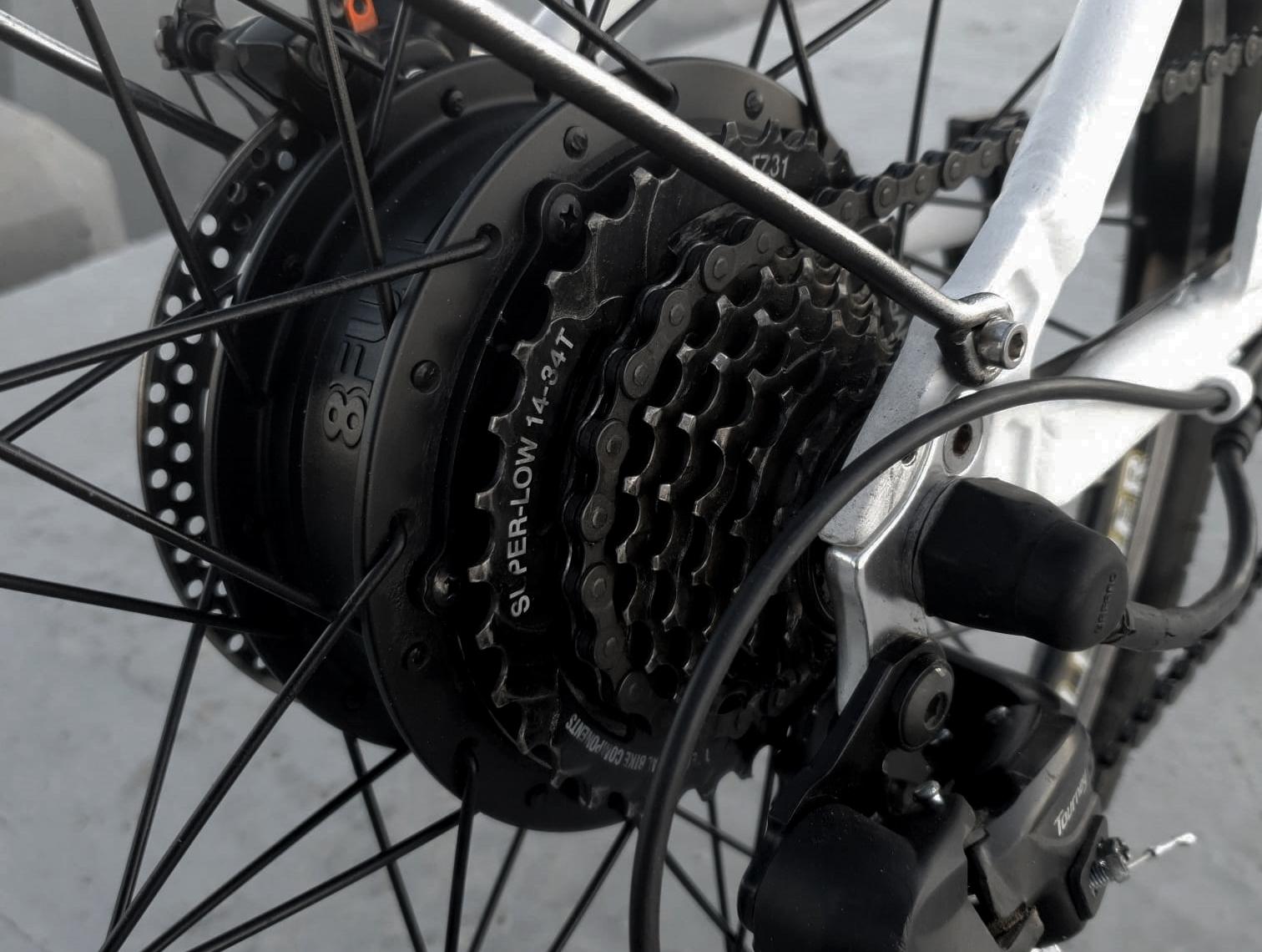 Foto de detailles de la Bicicleta Electrica