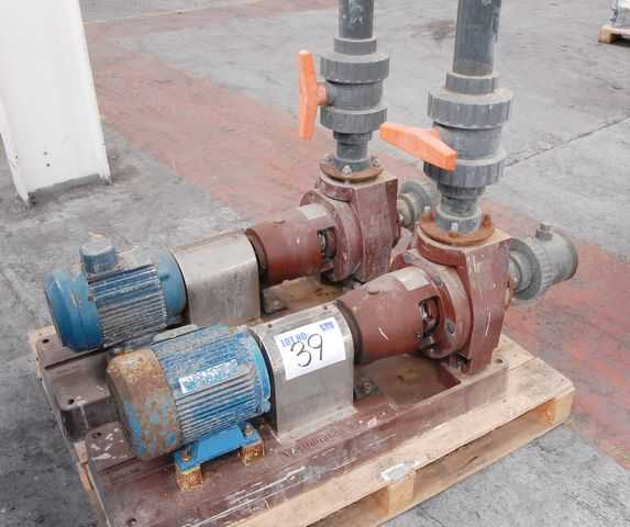 2 X Worthington Simpson E Line Chemically Resistant Anodising Pumps S N Crp 3937 On Auction Now At Apex Auctions